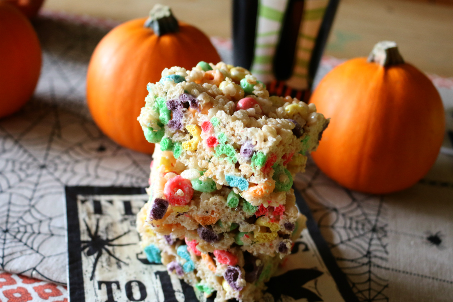Rice Krispie Treats with Fruit Loops - A recipe that will never grow old!