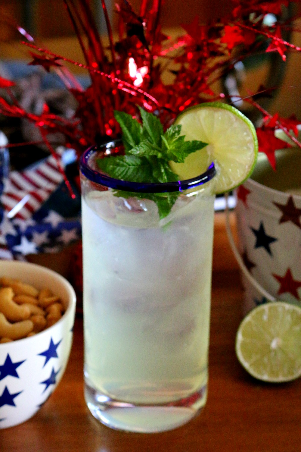 Easy Homemade Limeade for the 4th of July