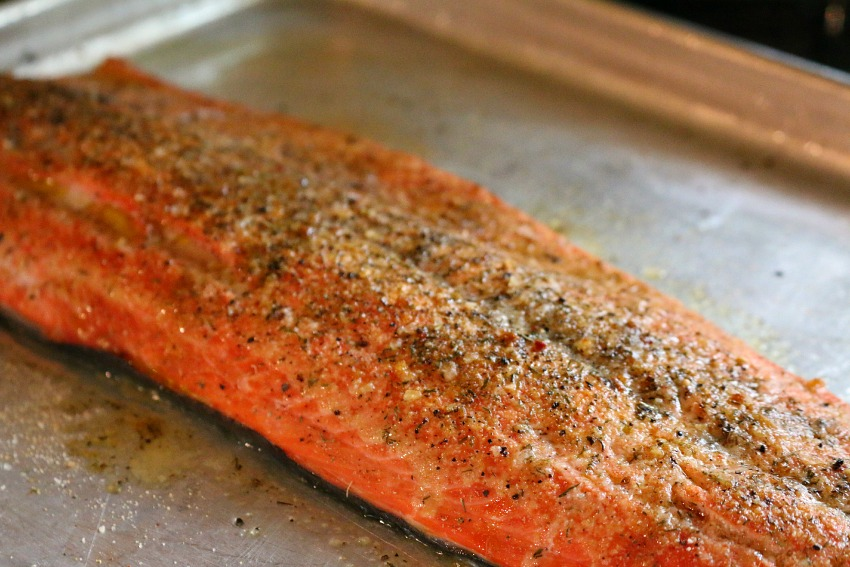 Baked Salmon in White Wine