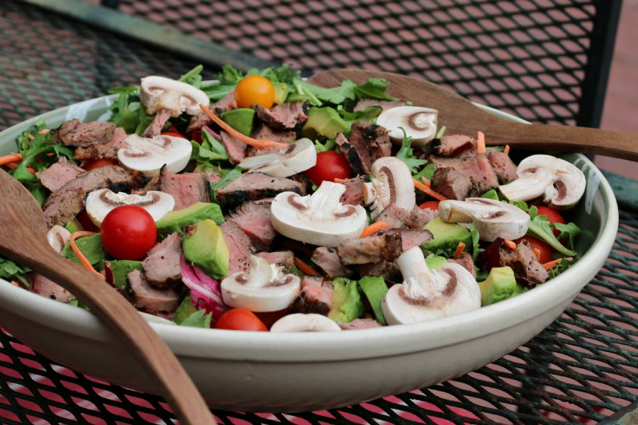 Steak Salad with Blue Cheese Vinaigrette