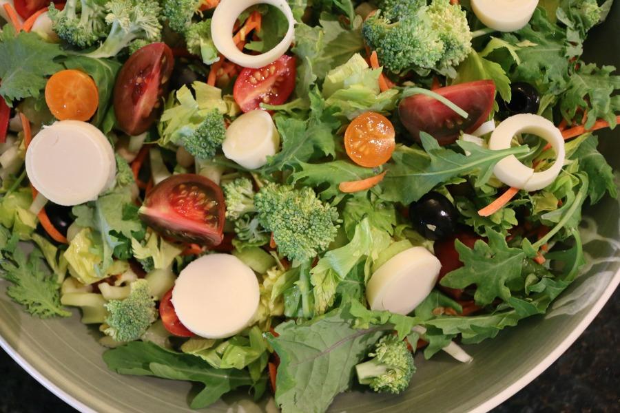 Mixed Greens & Hearts of Palm Salad