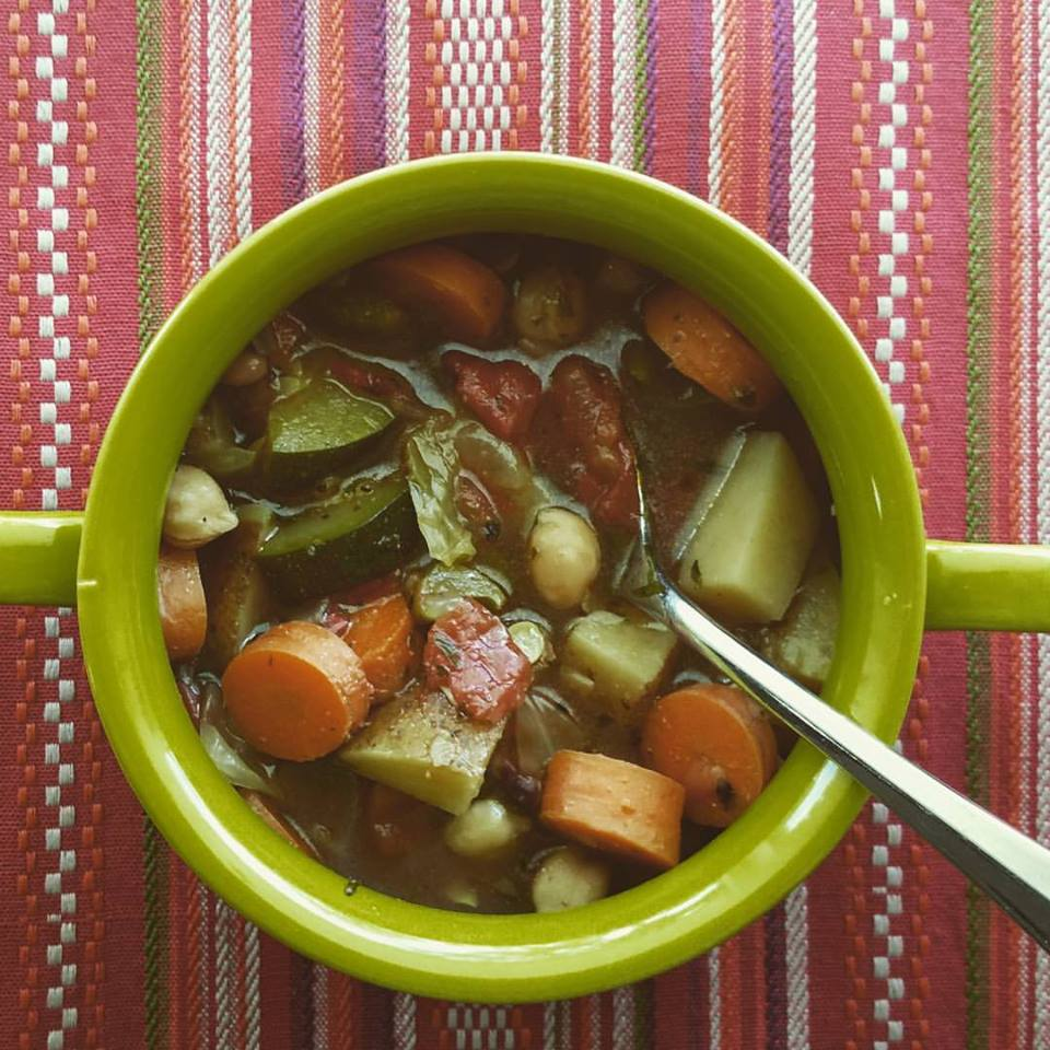 Hearty Vegetable Soup loaded with big chunks of vegetables make this a great lunch or light dinner option.