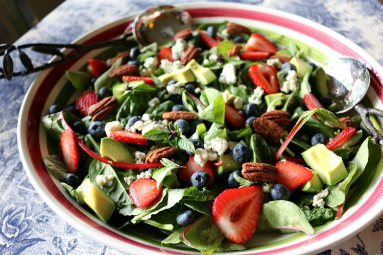 Berry Basil Harvest Salad