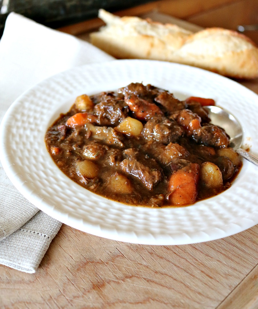 The Ultimate Beef Stew Recipe - Cast Iron Recipe! The best comfort food in my opion is a rich and thick bowl of stew. Bonus - plus it is Gluten FREE | www.ceceliasgoodstuff.com
