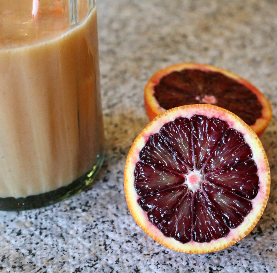 A Blood Orange Breakfast Smoothie | www.ceceliasgoodstuff.com