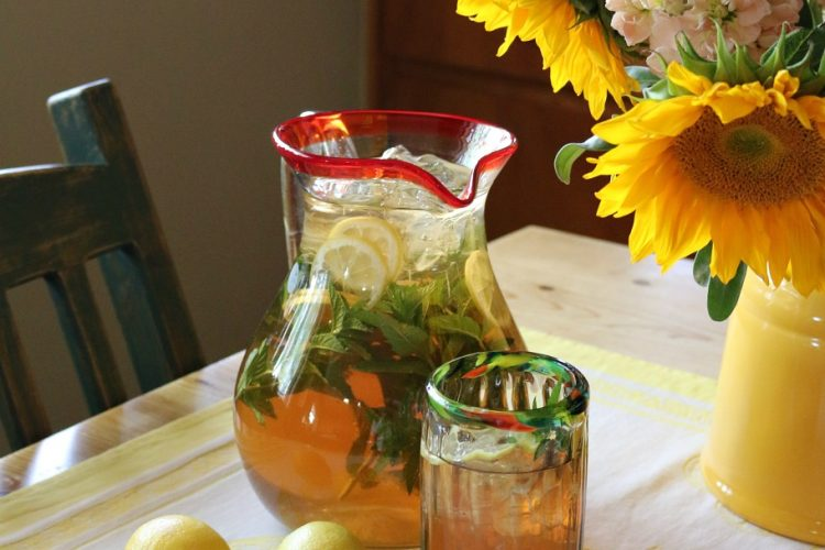 Ginger Lemon Sun Tea