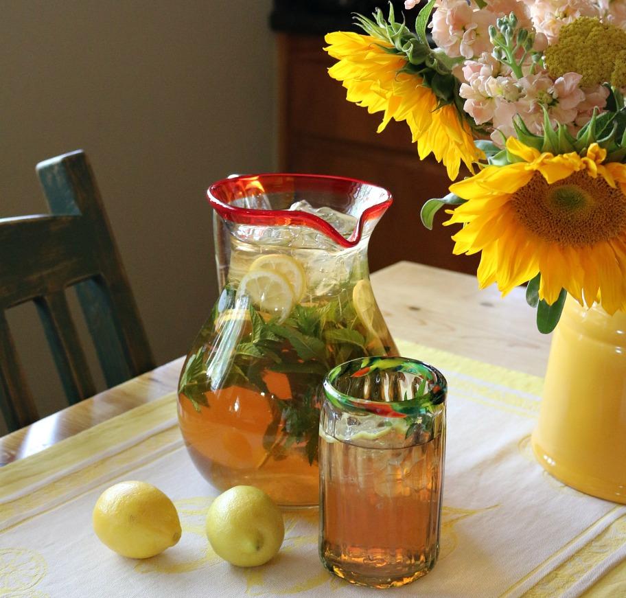 Ginger Lemon Sun Tea Recipe by CeceliasGoodStuff.com | Good Food for Good People