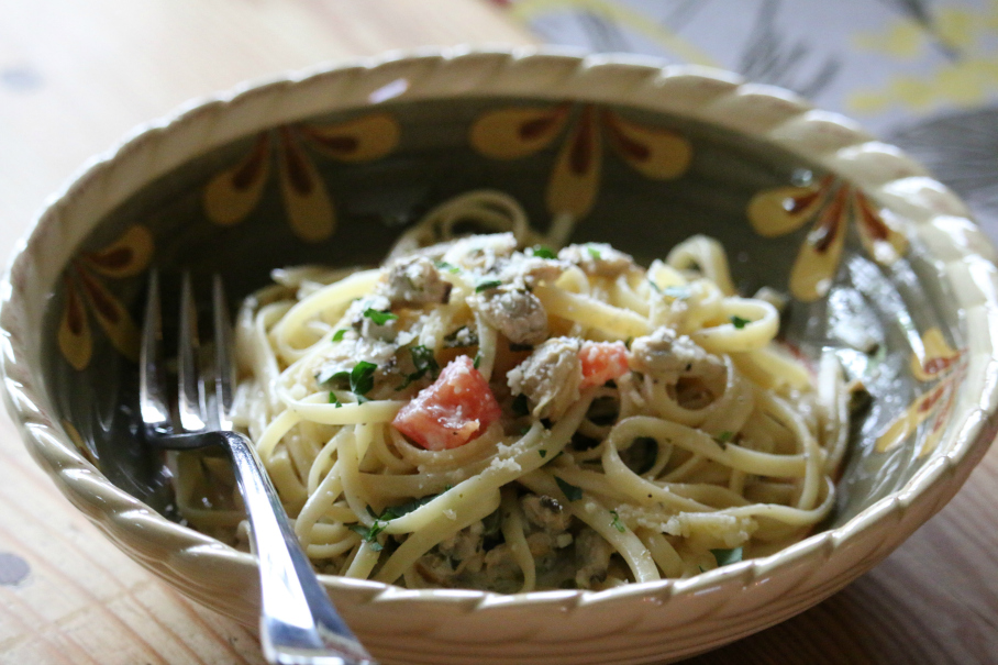 Linguine with a White Wine Clam Sauce CeceliasGoodStuff.com Good Food for Good People