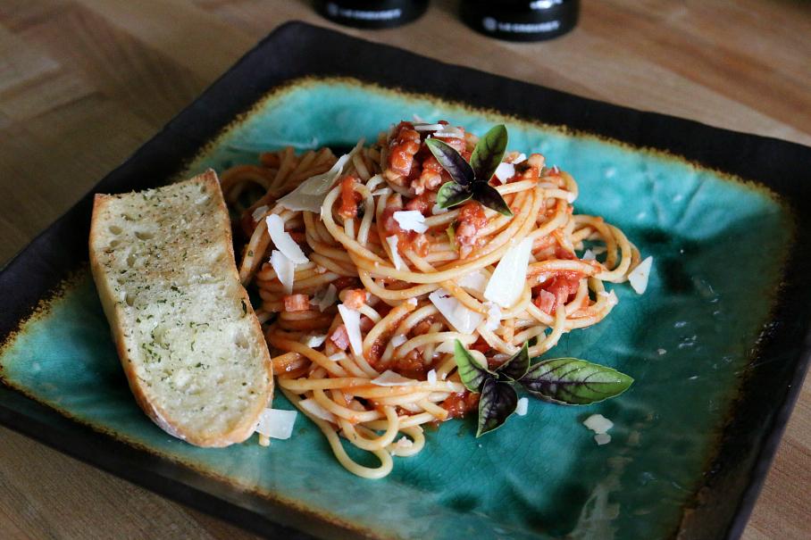 Spaghetti with Marinara Sauce CeceliasGoodStuff.com Good Food for Good People